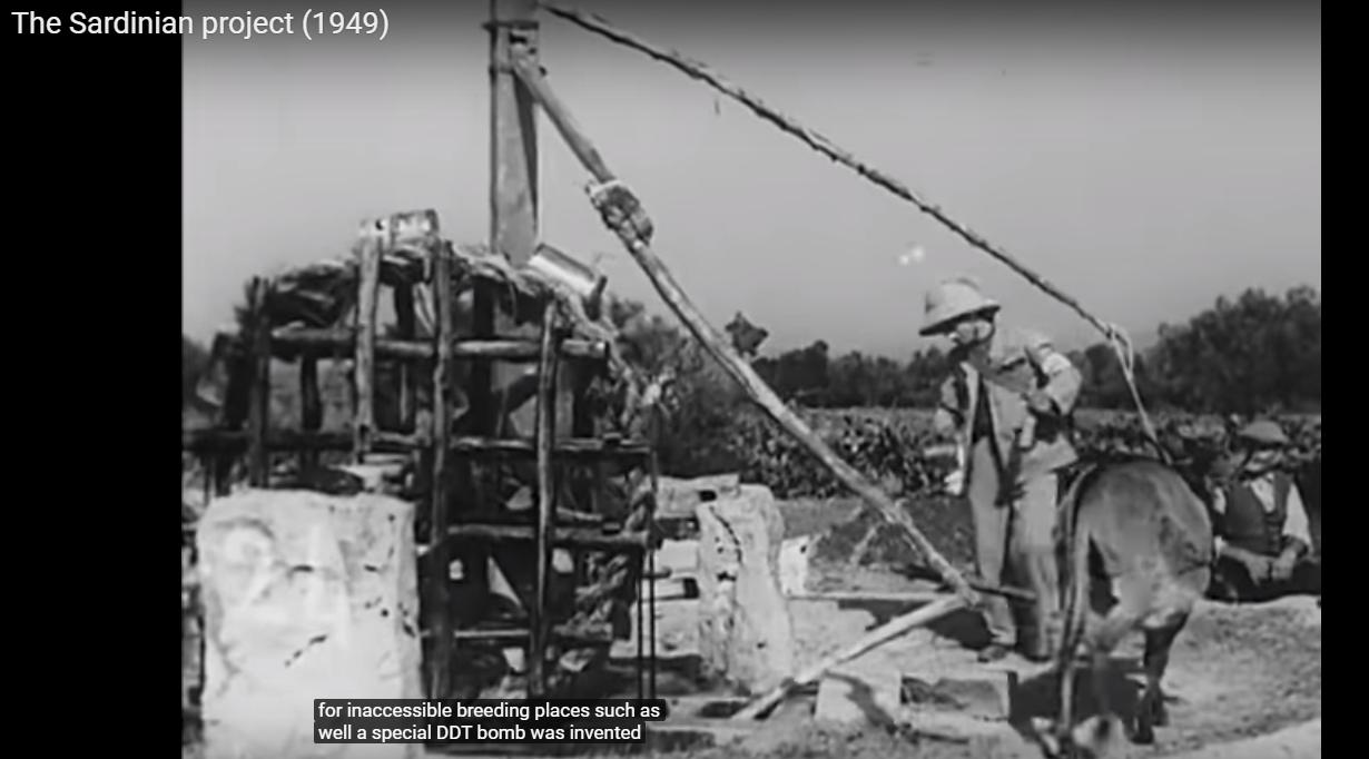 Malaria - The Sardinian Project (008) - bombe speciali di DDT per i pozzi